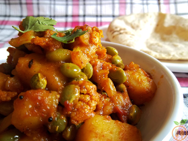 Authentic Aloo Gobi Curry Cauliflower Potato CurryIndian Recipe