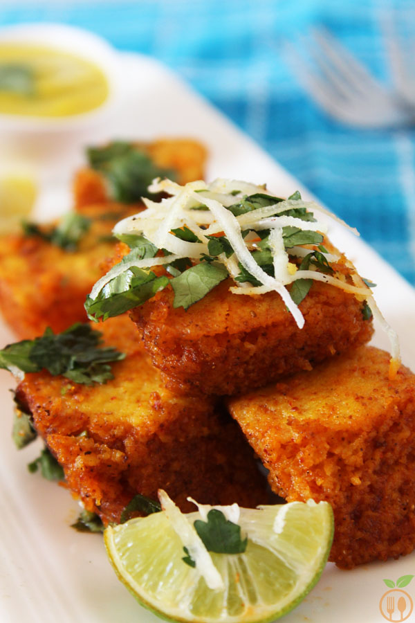 Spicy khaman dhokla recipe veggie food recipes spicy khaman dhokla forumfinder Choice Image