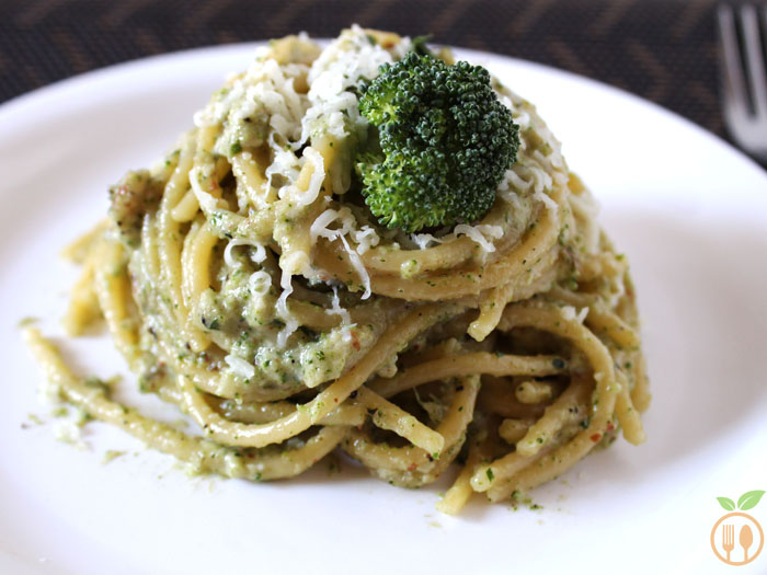 Broccoli Pesto Spaghetti