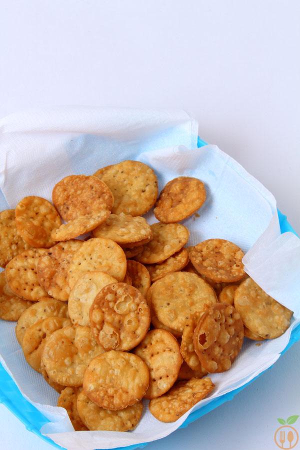 Dahi Papdi Chaat With Homemade Papdi