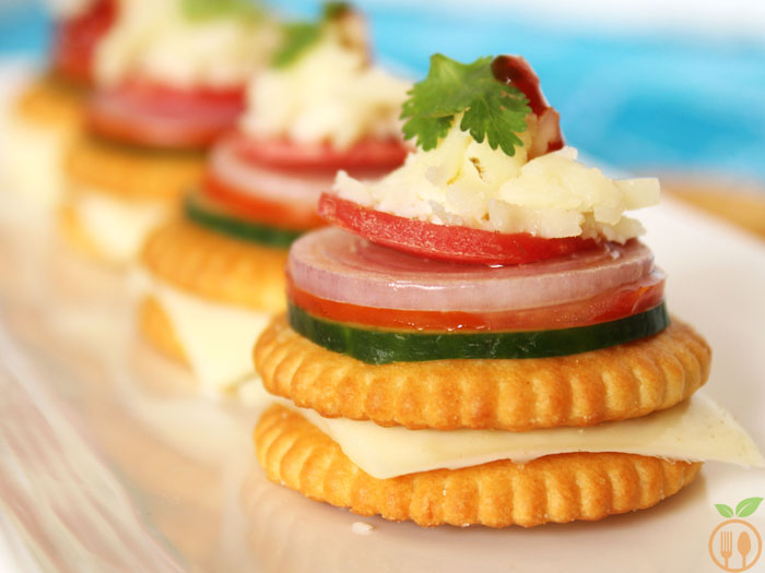 Monaco Biscuit Canapes with Veggie Toppings
