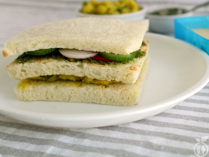 2 in 1 Vegetable And Mashed Potato Grilled Sandwich (3 Layer raw sandwich)