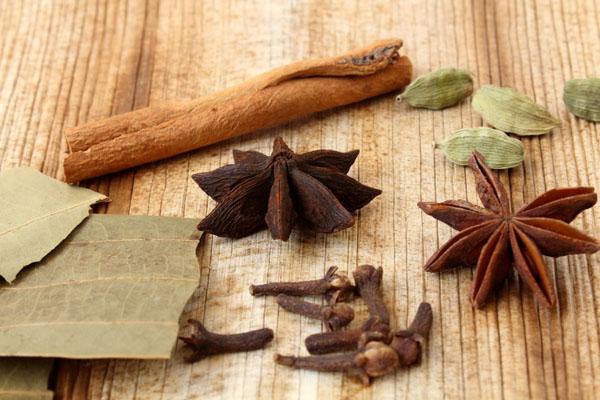 Green Vegetable Dum Biryani OR Veg Palak Biryani (Spices)